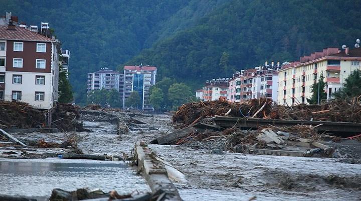 Bozkurt'taki selde yıkılan Ölçer Apartmanı'nın müteahhidigözaltına alındı